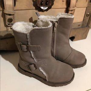 Boots osh kosh